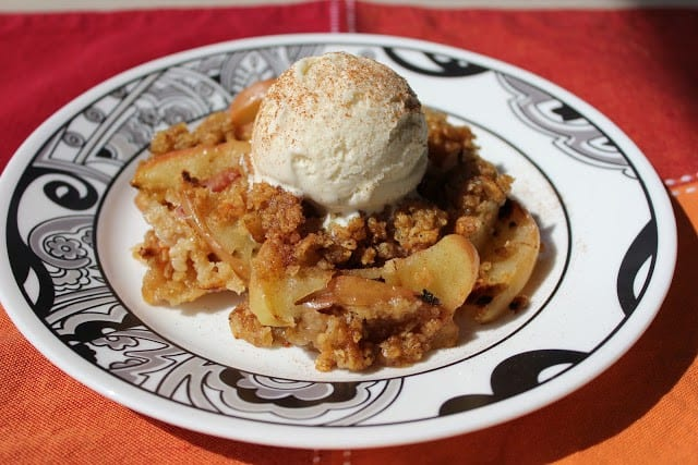 BBQ apple crisp - 21 Expert Camping Food Hacks You Wish You'd Heard of Years Ago. Why not use some expert camping food hacks to help take the stress out of camping cooking. Check out these impressive camping food tips and tricks that will help you whip up tasty meals in a flash.