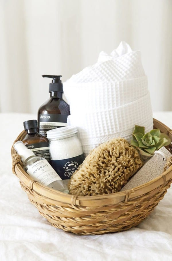 shower-gift-basket