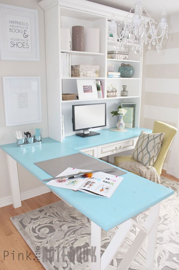 pop-of-color-desk
