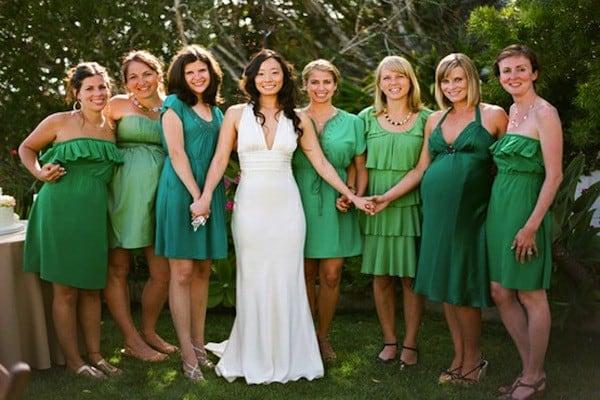 mix-dresses-same-color