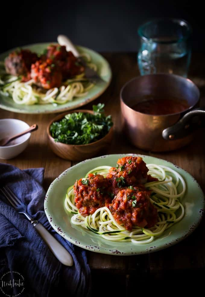 paleo-italian-meatballs-with-marinara-sauce