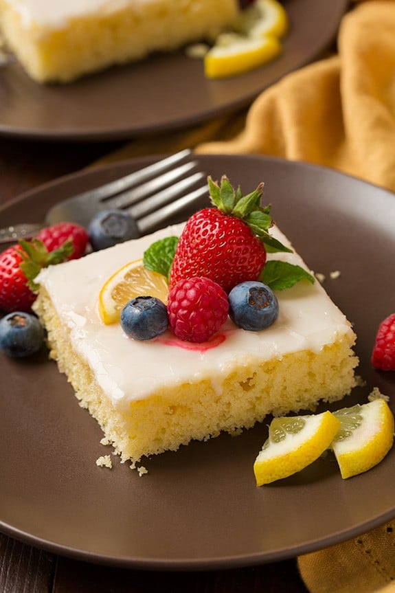 Lemon Sheet Cake - Check out our list of 20 of the best easy desserts to feed a crowd. Be prepared for empty dishes and a round of applause when you bring one of these recipes to your next event.