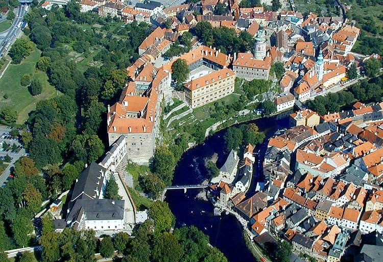 cheap place to fly, Český Krumlov Castle,