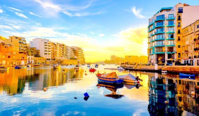budget travel to malta