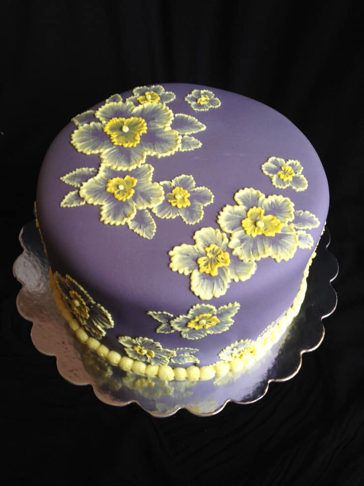 Brush Embroidery - birthday cake decorating ideas