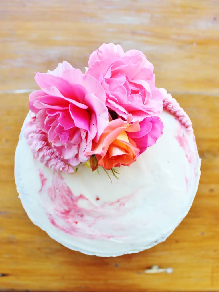 Decorating with Fresh Flowers - birthday cake decorating ideas