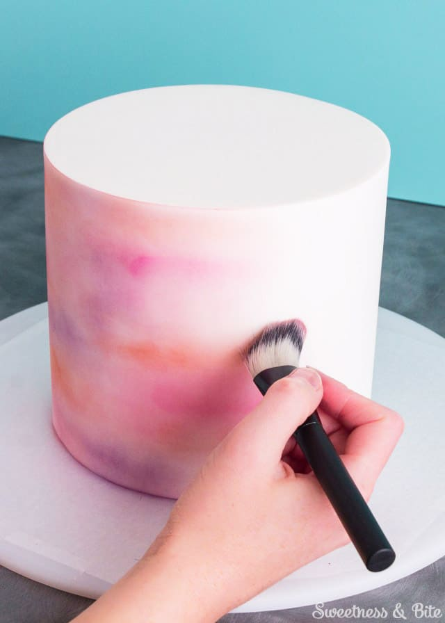 Simple Watercolor Effect - birthday cake decorating ideas