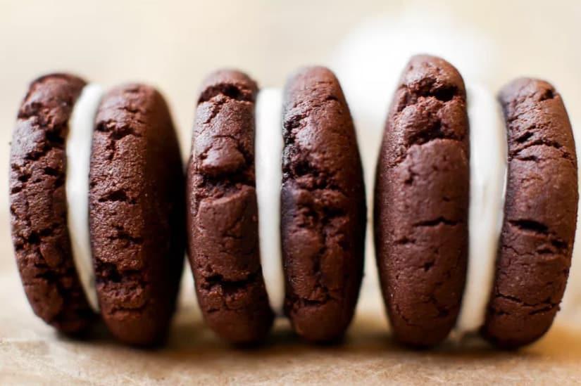 Easy Vegan Oreos - easy healthy desserts