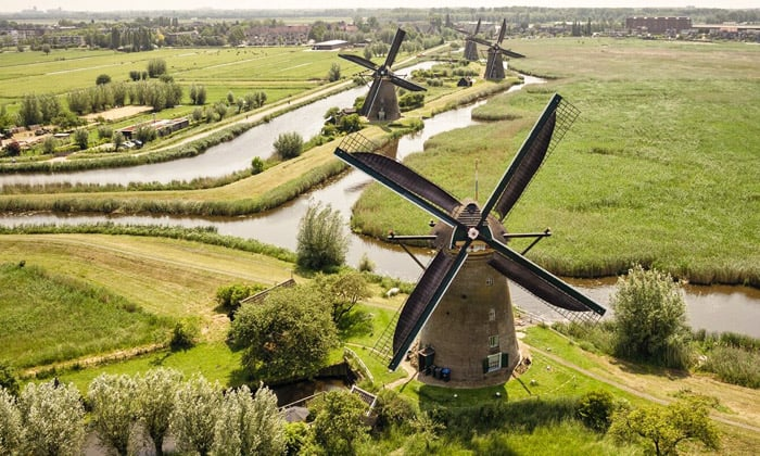 Kinderdijk, Holland - places to travel in Europe