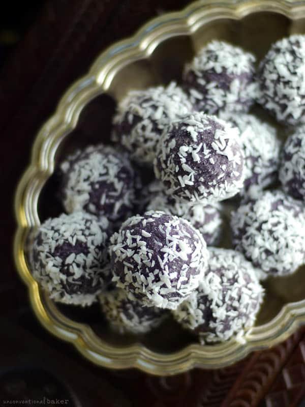 Blueberry Coconut Bliss Balls - gluten-free desserts