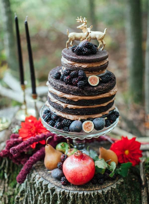 Dark Autumn Gothic Wedding Cake - wedding cake decorating ideas