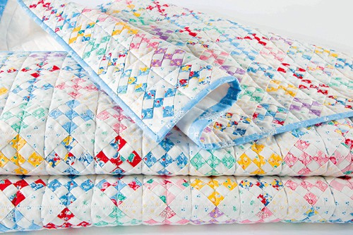Vintage-inspired 9-patch Quilt - country quilts