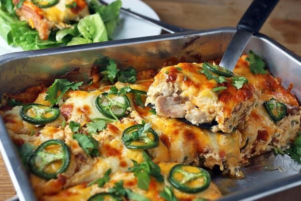 Buffalo Chicken Jalapeno Popper Casserole - gluten-free casseroles