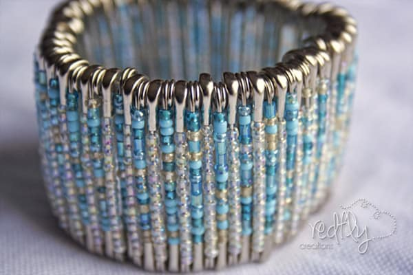 Safety Pin Bracelet - easy DIY bracelets