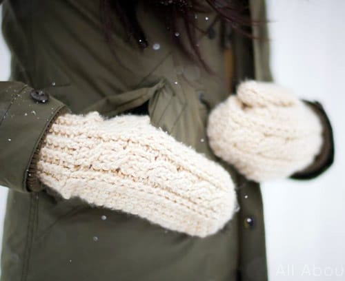 Cabled - crochet mittens
