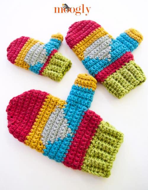 Hello Gnome - crochet mittens