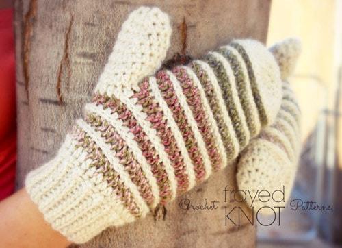 Landscape - crochet mittens