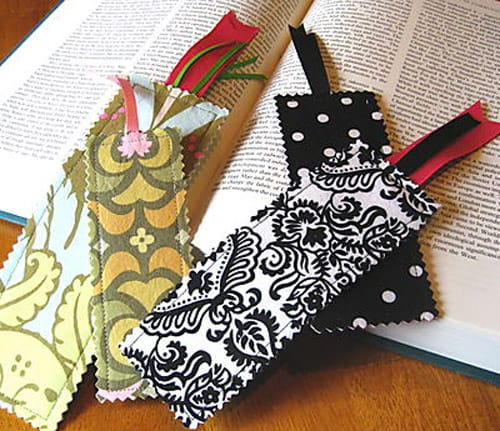 Scrap Savvy Bookmark - simple sewing projects