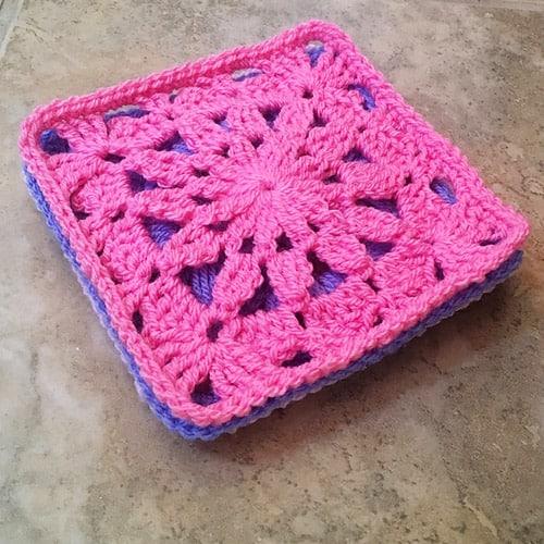 Ana Maria Square - easy crochet squares