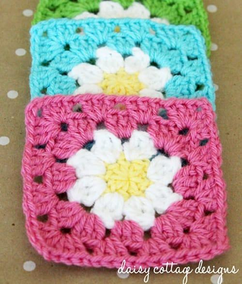 Daisy Granny Square - easy crochet squares
