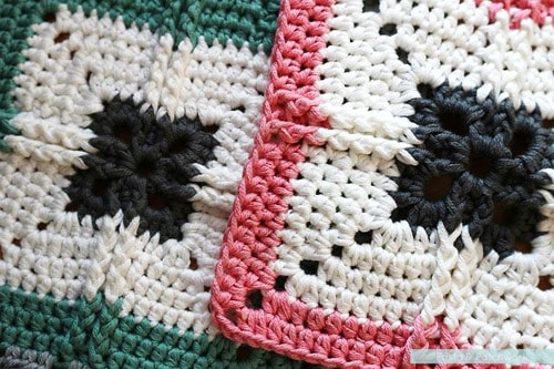Ribbed Cross - easy crochet squares