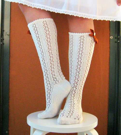 Bintje Lace Socks - lace knitting patterns