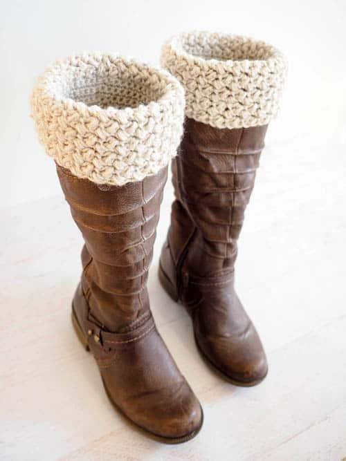 Elizabeth Stitch Crochet Boot Cuff - quick crochet projects