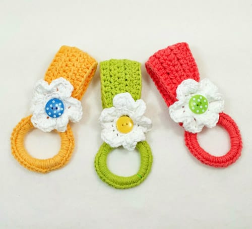 Towel Holder - quick crochet projects