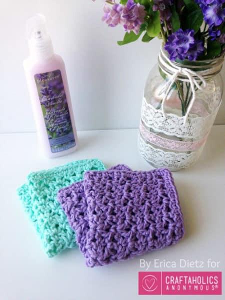 Blossom Stitch - crochet washcloth