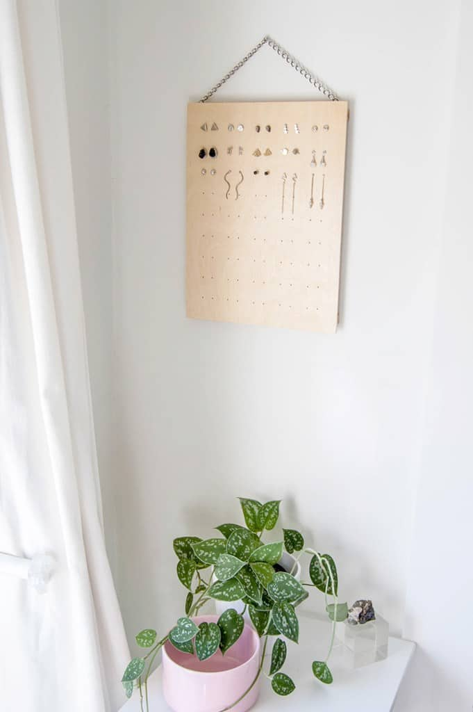 20 Easy Woodworking Projects To Make Your Home More