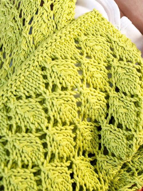 Saurey - free baby blanket knitting patterns